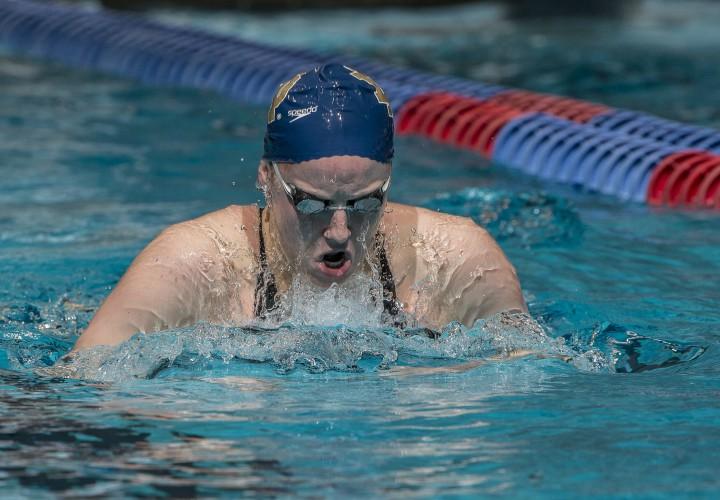 Emma reaney lowers pool record notre dame leads shamrock invitational - Dive e dame frattamaggiore ...