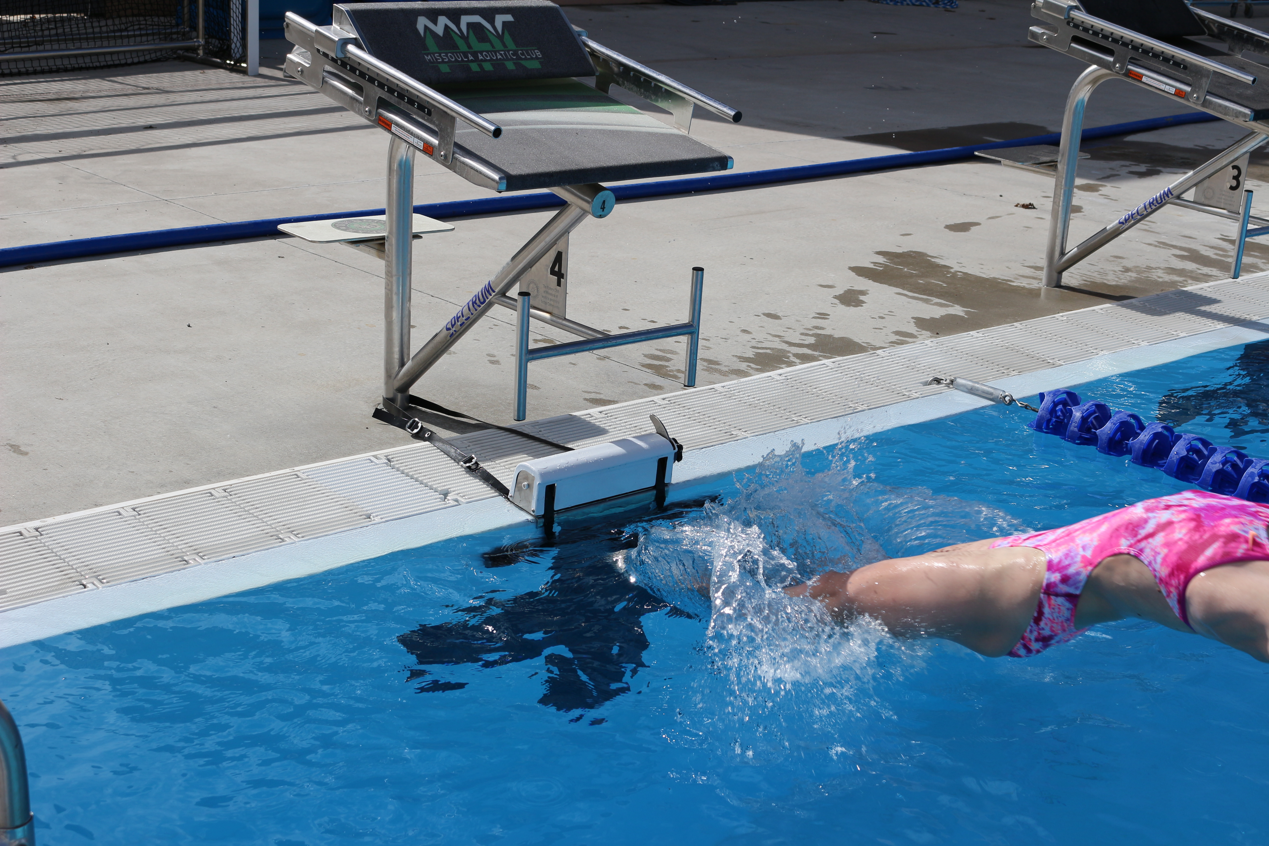 Spectrum Aquatics Introduces Anti Slip Retractable Backstroke Starting  Device   Swimming World News