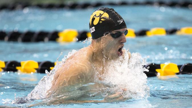 Northwestern Iowa Swim And Dive Teams Split Big Ten Match Up