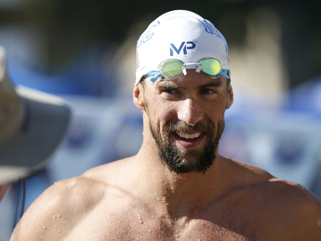 Michael Phelps Edges Ryan Lochte In 200 Im For Another January
