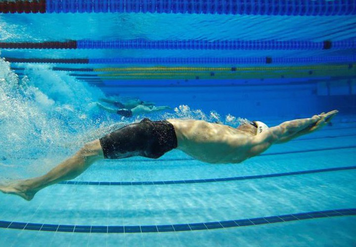 Attirant Swimming World Magazine