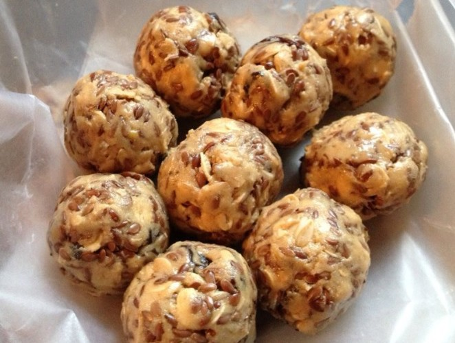 snacks-no-bake-energy-balls-isha-zubeidi