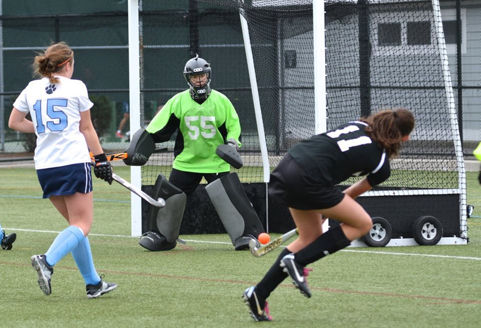 field-hockey-goalie