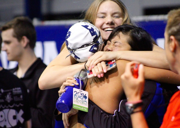 amalie-fackenthal-hugging-teammates-at-2016-ncsa-juniors