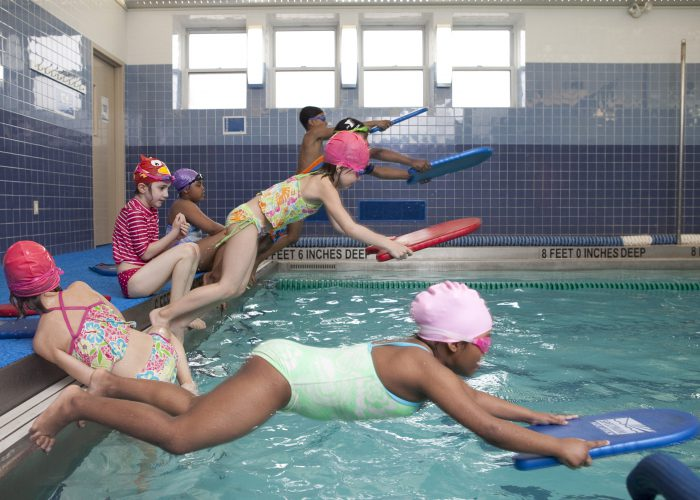kids-diving-Harlem-YMCA