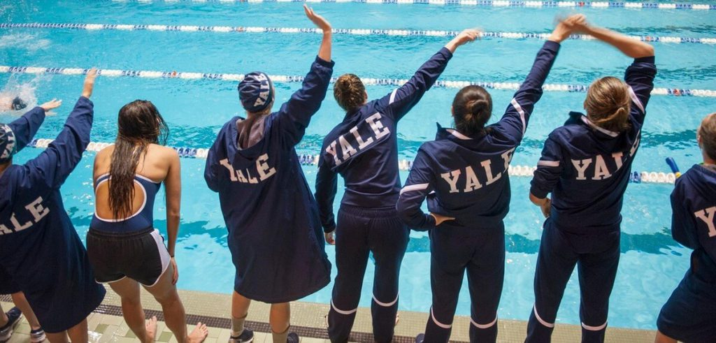 yale-team-cheer-bulldogs