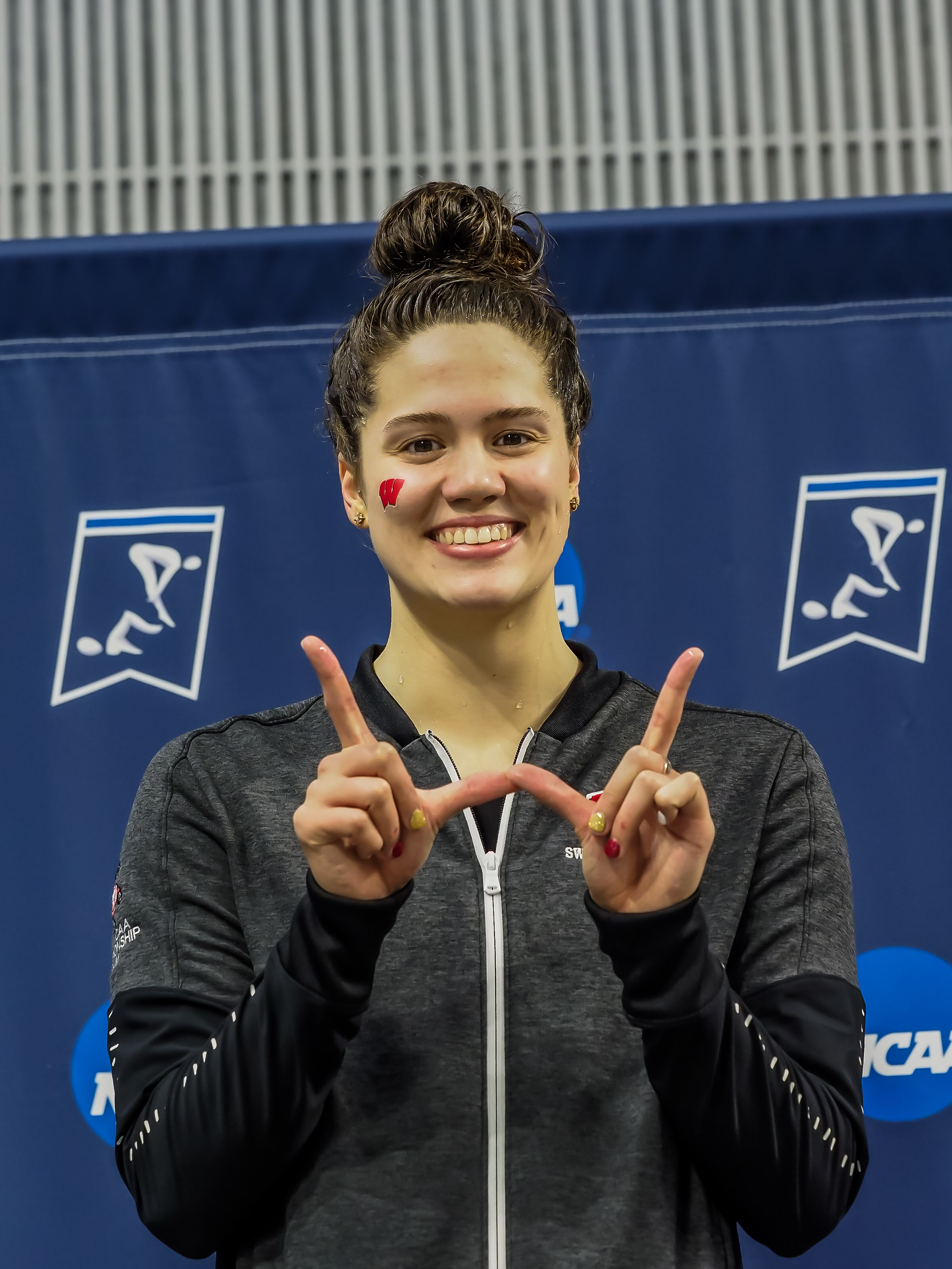 Beata Nelson Unleashes 49.18 in 100 Back for New American Record - Swimming World News